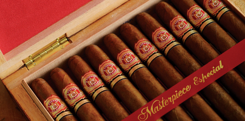 Photo of Arturo Fuente's Hemingway Cigar.